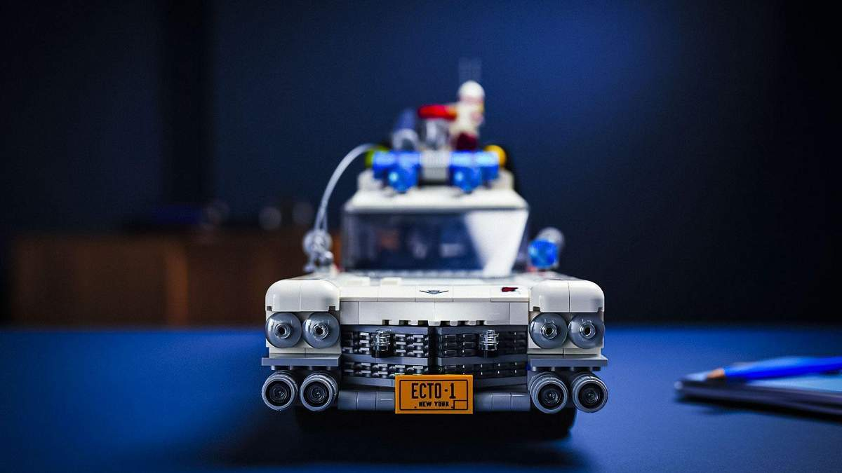 """Lego створили конструктор з легендарним Cadillac із """"Мисливців за привидами"""" – фото"""