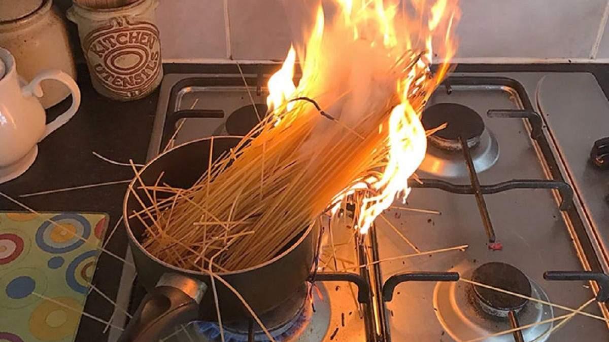 Когда кулинария – не твое: подборка фото людей из сети, которые потерпели неудачу на кухне