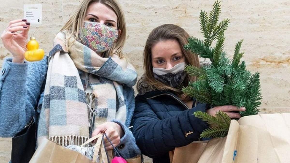 Олени, кофе, рождественские подарки: что покупают люди перед закрытием магазинов из-за карантина