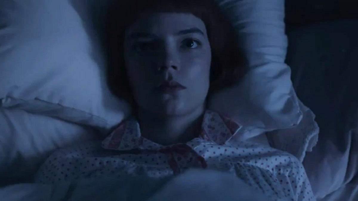 """Що насправді бачила  на своїй стелі Бет Гармон із серіалу """"Хід королеви"""": найсмішніші меми"""
