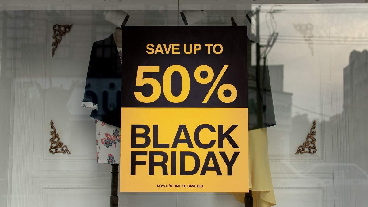 Удачные покупки или ужасные выходки: истории о Черной пятнице от людей по ту сторону прилавка