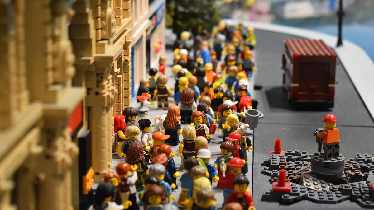 Что подарить любителям Lego, кроме конструктора: идеи оригинальных подарков