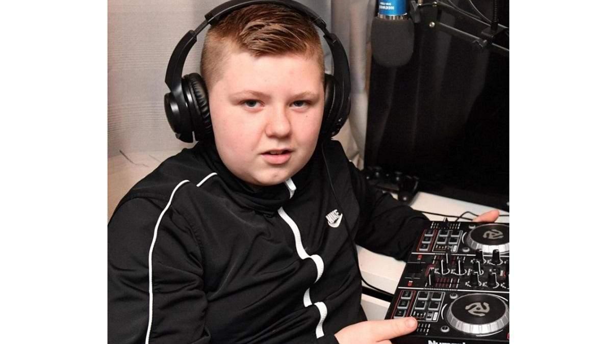 12-річний хлопчик провів дискотеку у шкільному туалеті