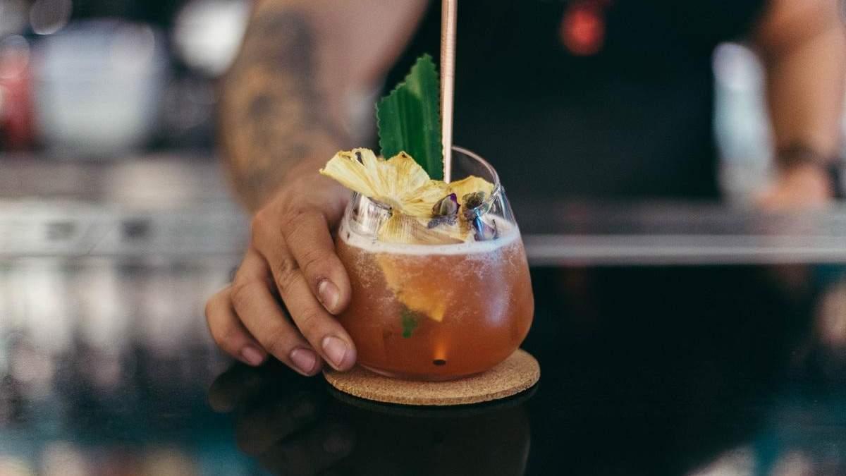 """Напої за """"Зоряними війнами"""": блогер готує коктейлі за популярними всесвітами"""