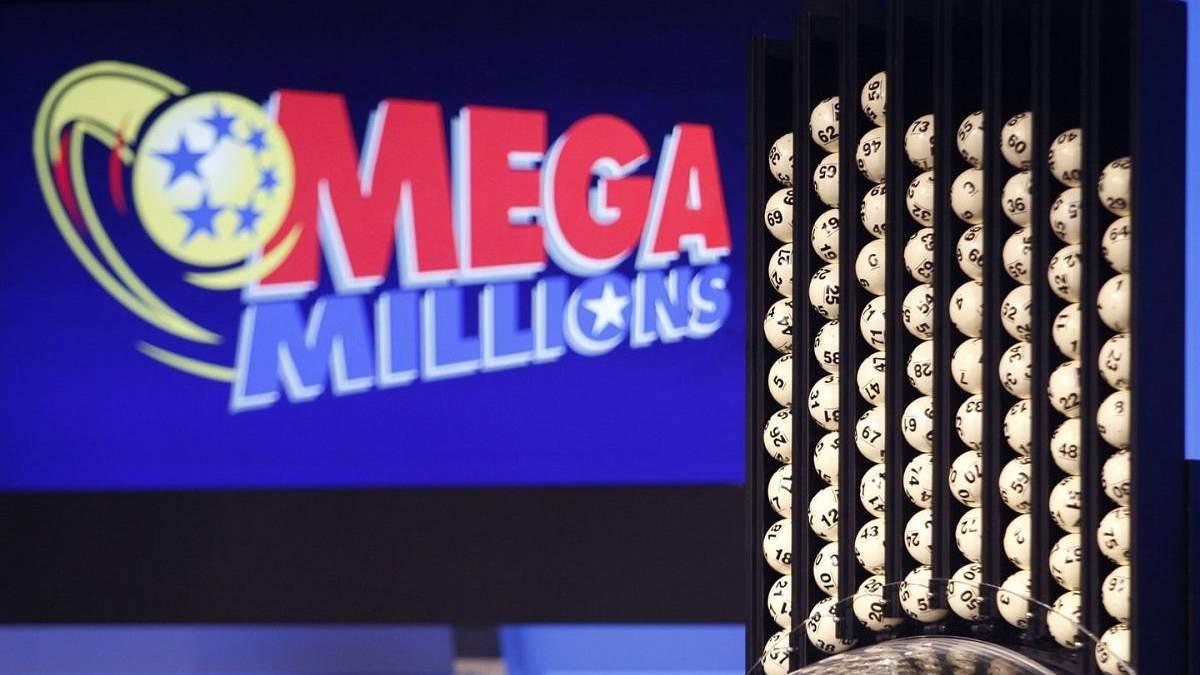 Американец выиграл в лотерею миллиард долларов: это третий по величине выигрыш в истории США