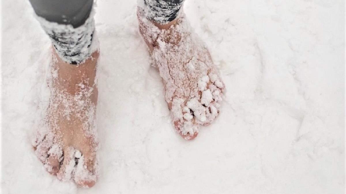 Босиком по снегу: норвежец пробежал полумарафон в экстремальных условиях и установил рекорд