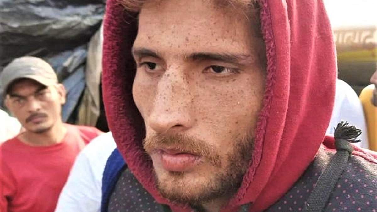 Мужчина поспорил на 5 килограммов миндаля и пробежал сотни километров: за сколько времени