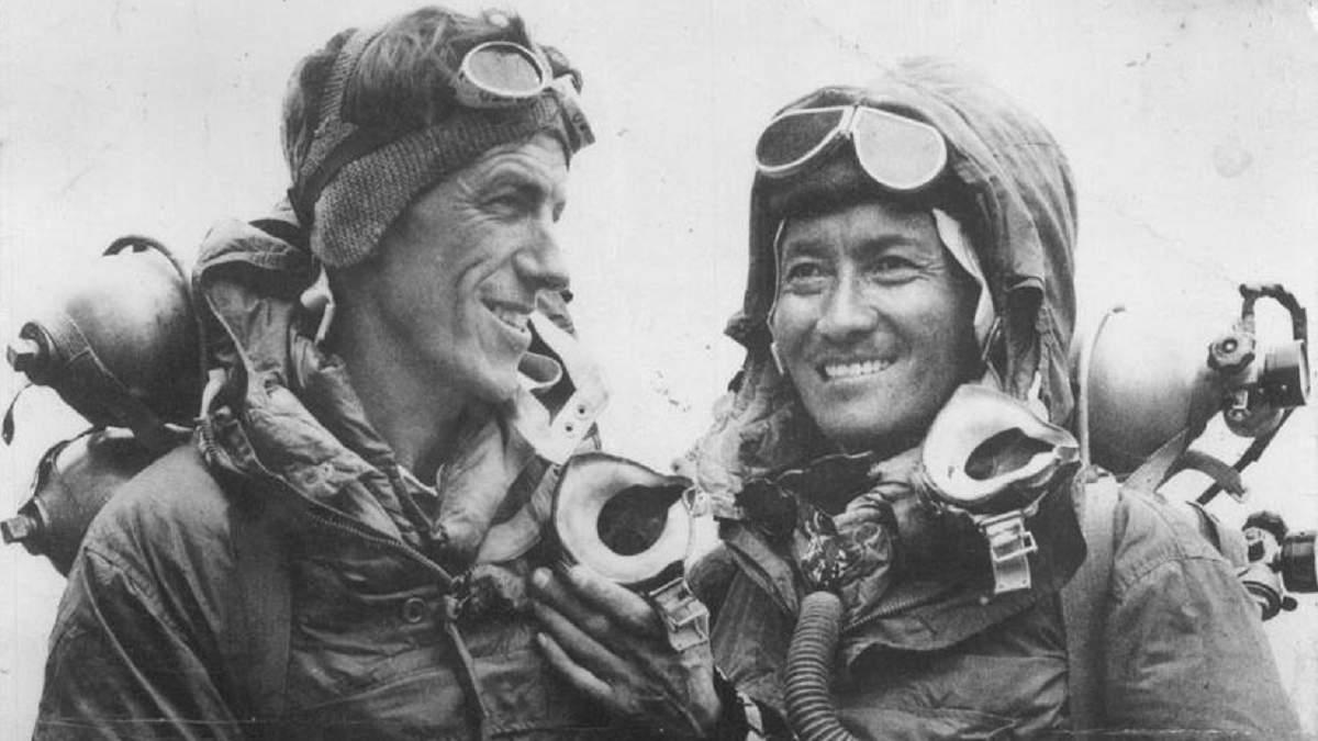 Барак и Мишель Обама будут продюсировать фильм Netflix о первом человеке, покорившем Эверест