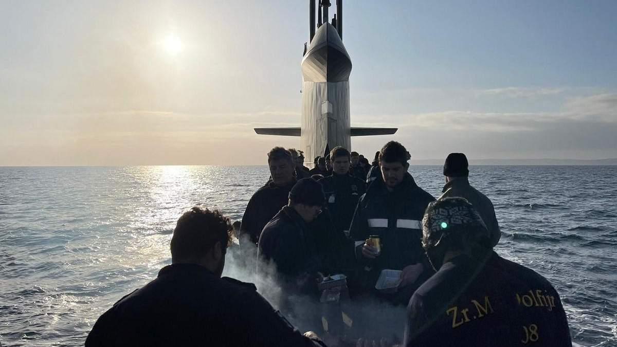 Барбекю на субмарине