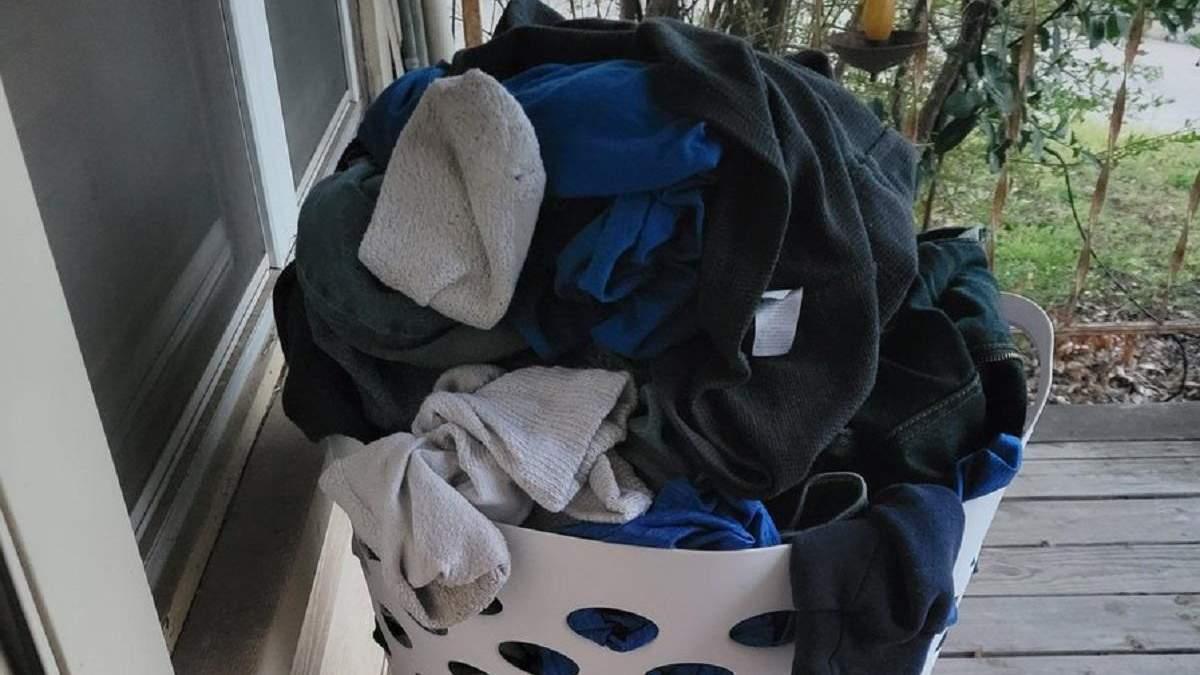 У США жінці підкинули кошик з брудною білизною: що вона з ним зробила