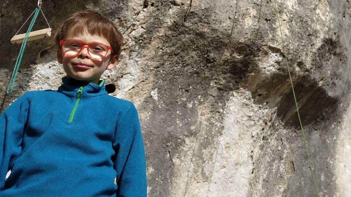 8-річний хлопчик встановив світовий рекорд у скелелазінні, пройшовши складний маршрут