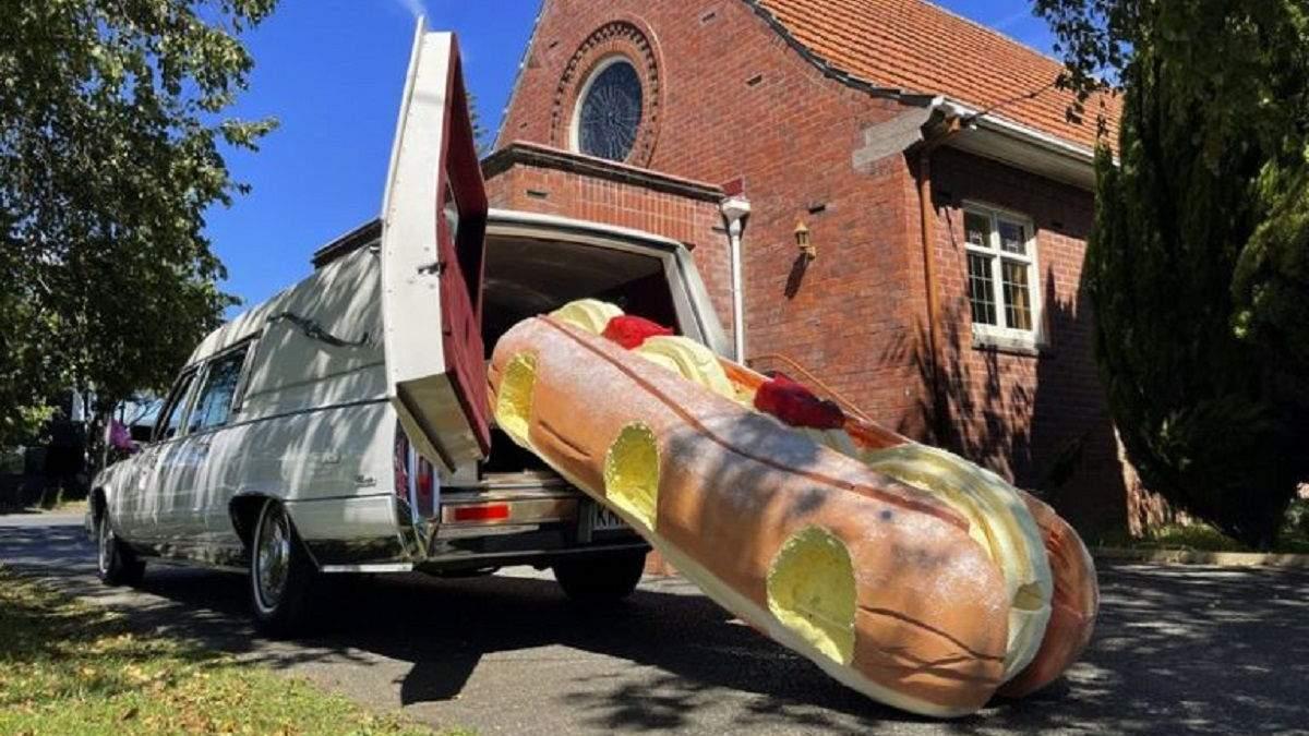 Вмираюче мистецтво: у Новій Зеландії набирають популярність веселі дизайнерські труни