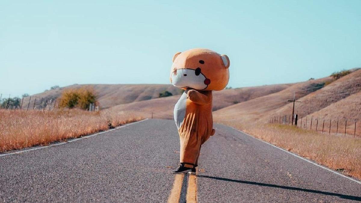 Американец в костюме медведя прошел пешком 770 километров: все ради доброго дела
