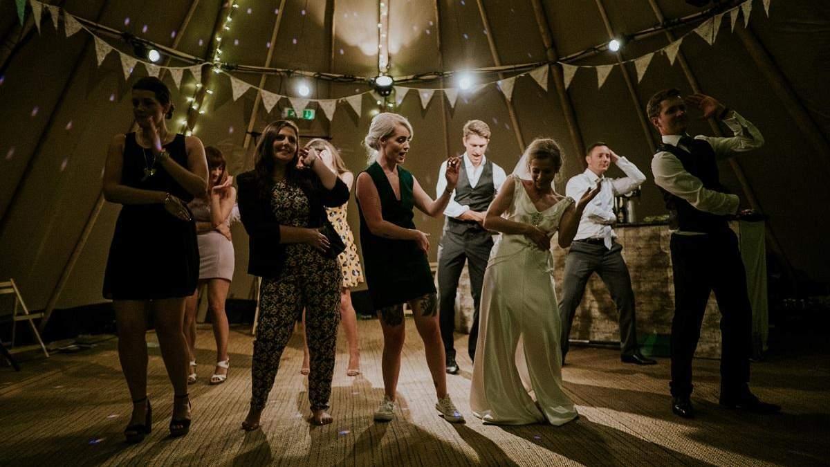 Жителям округа Колумбия запретили танцевать на свадьбах