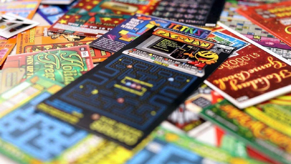 Мужчина украл 600 лотерейных билетов