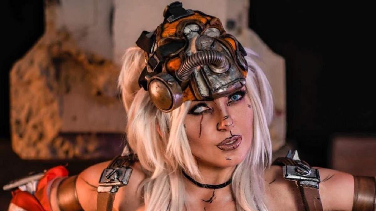 Соблазнительная женская версия: американская модель показала косплей на Крига из Borderlands 2
