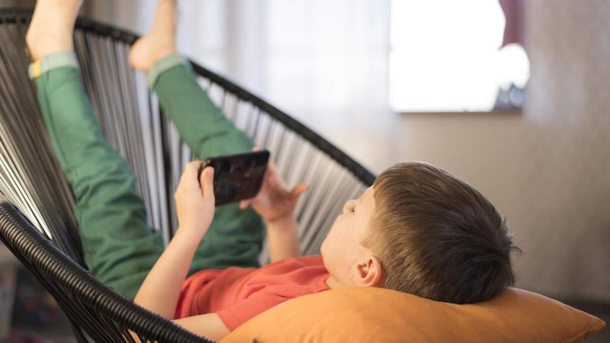 Мальчик сделал 29 покупок в мобильной игре