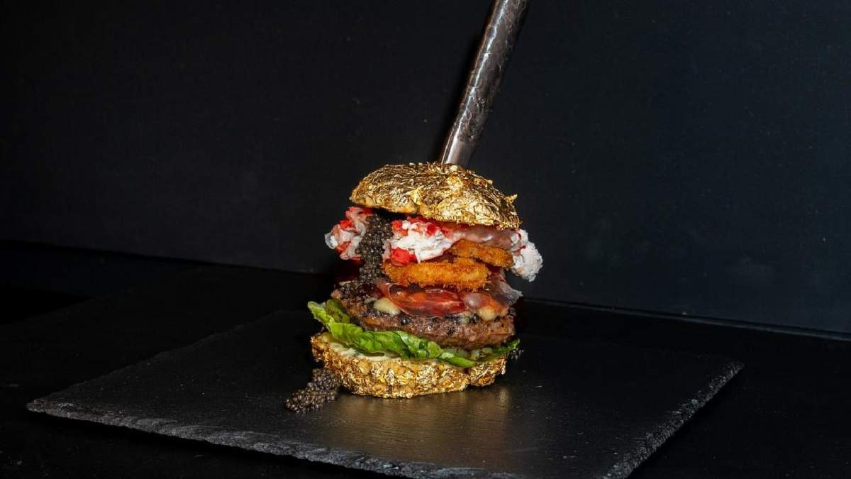 Ікра, м'ясо ваґю, золото – голландський кухар приготував найдорожчий бургер у світі: ціна вражає