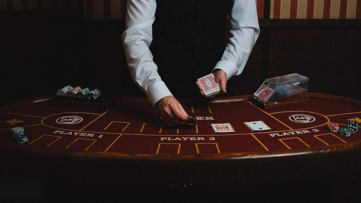 Що таке ігри з живими дилерами або як влаштовані live-казино - Розваги