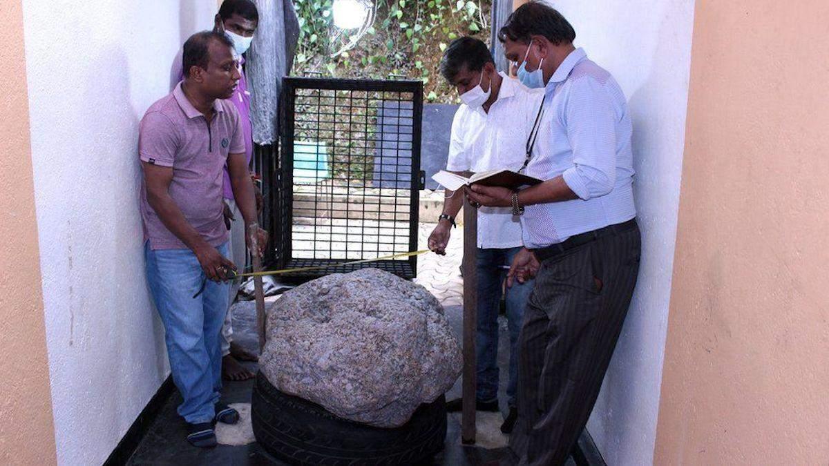 На Шри-Ланке случайно нашли полтонны сапфиров