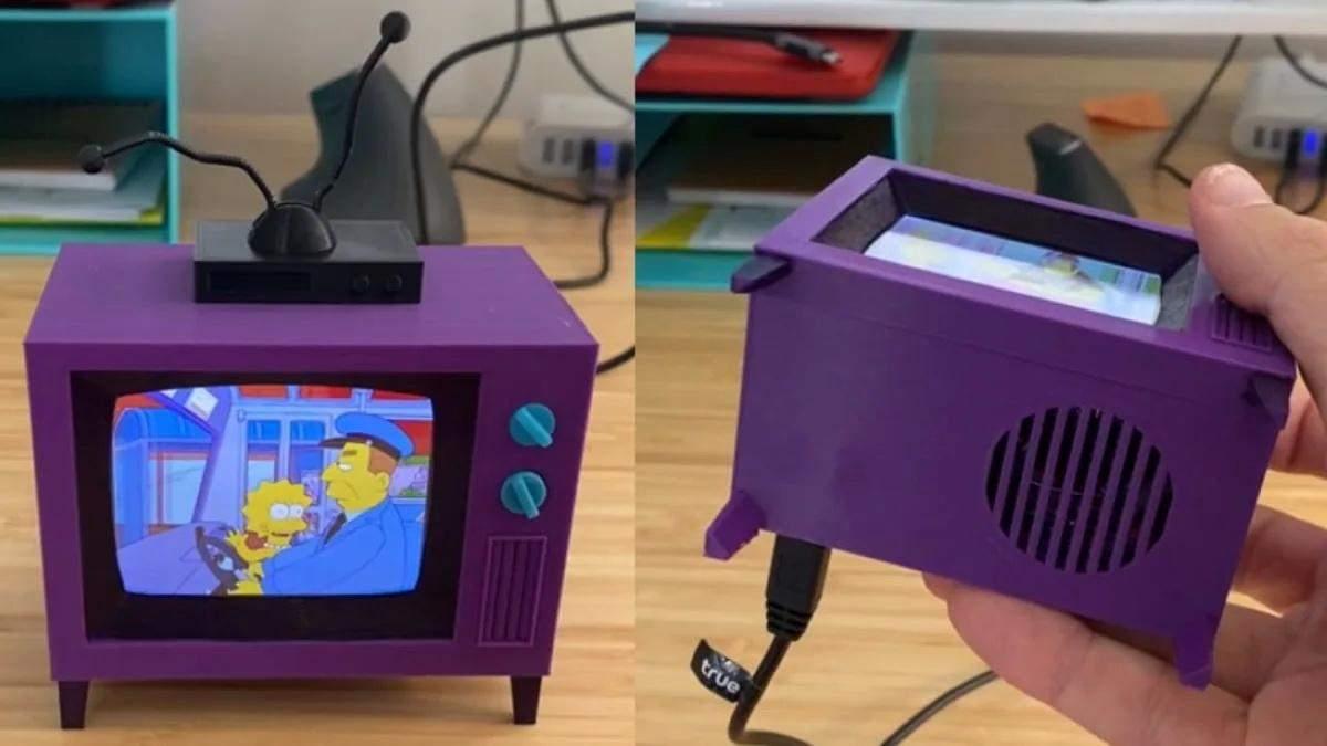 """Фанат напечатал на 3D-принтере телевизор из """"Симпсонов"""", который показывает """"Симпсонов"""""""