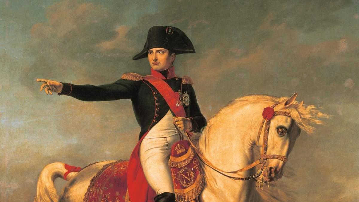 Зі слідами ДНК: капелюх Наполеона продають на аукціоні за сотні тисяч доларів - Розваги