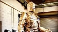В Детройте закончили бронзовую статую Робокопа, на создание которой ушло 10 лет