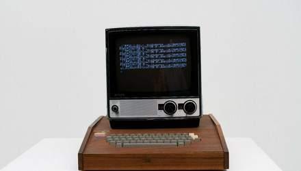 Самый первый компьютер Apple продают на аукционе: сколько он стоит – фото
