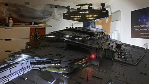 """2800 часов работы: энтузиаст построил масштабную копию космического корабля из """"Звездных войн"""""""