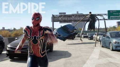 Сразу же стал мемом: свежий кадр нового фильма о Человеке-Пауке рассмешил сеть